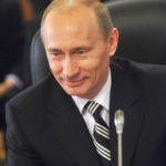 ПУТИН ГАРАНТИРОВАЛ РАЙ ДЛЯ РОССИЯН, КАК ГОРБАЧЕВ: «КАЖДОМУ ОТДЕЛЬНУЮ КВАРТИРУ!»