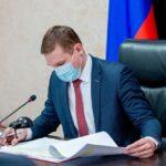 Провёл заседание оперативного штаба по предотвращению распространения в республике COVID-19