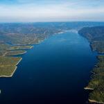 Красноярское водохранилище подобралось к Усть-Абакану, инженерные защиты на страже