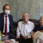 Министр труда Хакасии поздравил всех пожилых людей с праздником